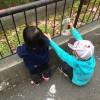子供のカット「女の子は強い」